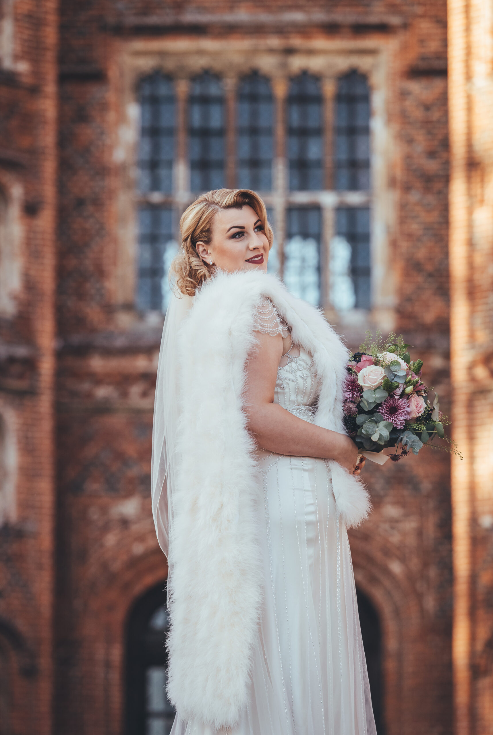 Glamourous bride with marabou feather stole